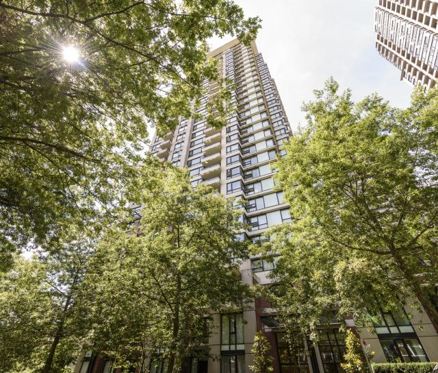 1110 - 977 Mainland Street, Yaletown, Vancouver West