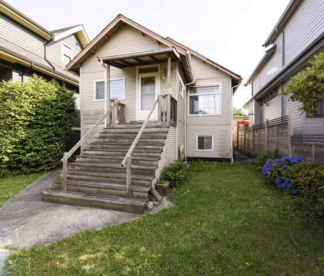 126 East 22nd Avenue, Main, Vancouver East