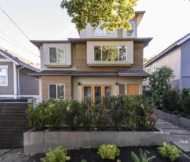 368 East 24th Avenue, Main, Vancouver East